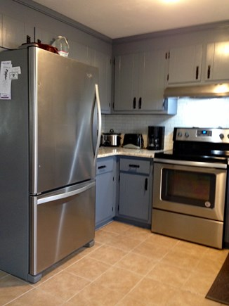South Yarmouth Cape Cod vacation rental - New Stainless Steel Appliances