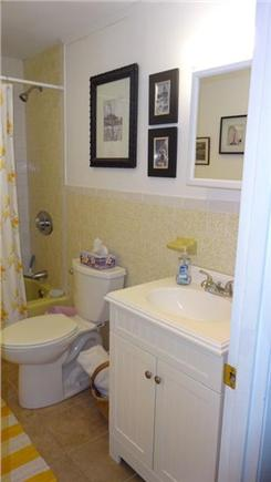 Onset MA vacation rental - Second full bath for upstairs bedroom