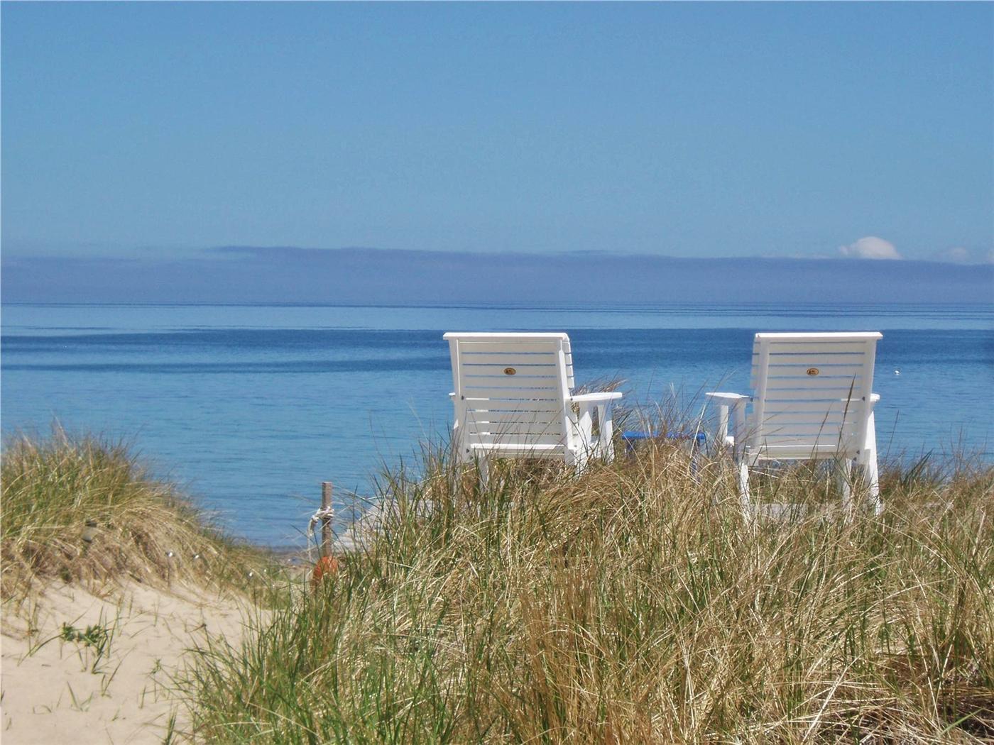 Sandollar B&B - Bay views, private beach! SAG02 | Bed and ...