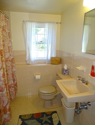 East Dennis Cape Cod vacation rental - Lower level bathroom with tub