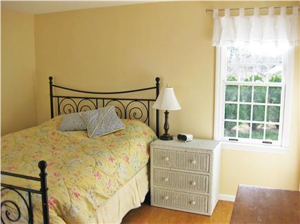Brewster Cape Cod vacation rental - Master bedroom - queen bed