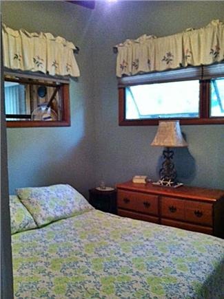 Mashpee, Popponesset Beach Cape Cod vacation rental - Bedroom 2 queen bed