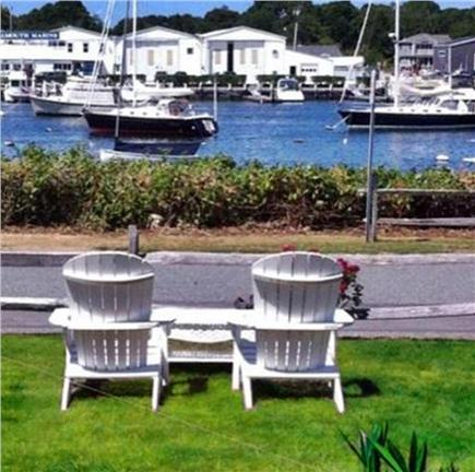 On Falmouth Harbor, Desirable  Cape Cod vacation rental - Quiet location, wave to yachts & MV ferry passengers.
