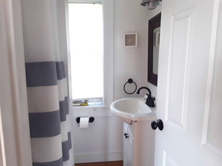 On Falmouth Harbor, Desirable  Cape Cod vacation rental - Bathroom