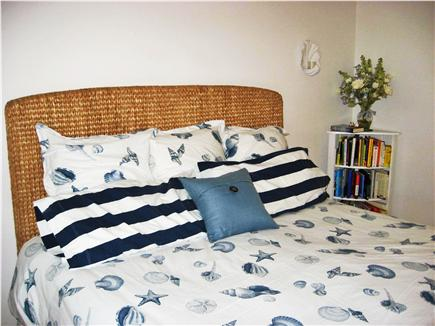 Harwich Port Cape Cod vacation rental - King size bedroom on main floor