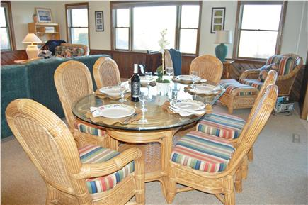 Sagamore Beach, Bourne Sagamore Beach vacation rental - Great Room with Plenty of Places to Sit, Eat or Play Games
