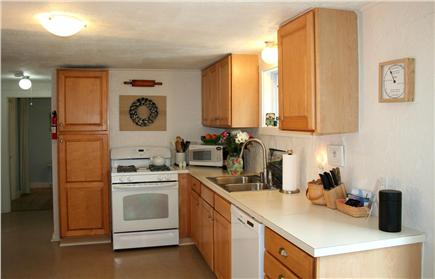 Brewster, Linnell Landing beach area, Br Cape Cod vacation rental - Clean bright kitchen with plenty of supplies