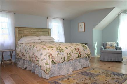 Brewster, Linnell Landing beach area, Br Cape Cod vacation rental - Second floor Master with Queen bed