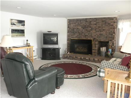 Cotuit Cotuit vacation rental - Downstairs family room with bay views