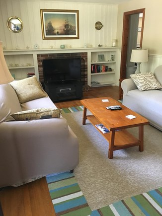 Dennisport Cape Cod vacation rental - Comfortable living room with ample seating and cable TV