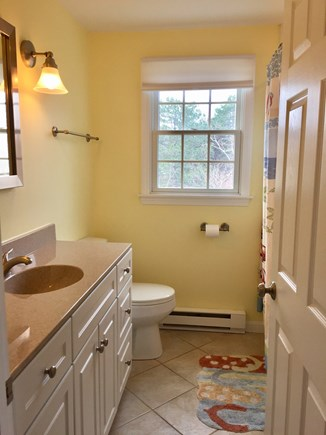 Orleans Cape Cod vacation rental - Upper Floor Bathroom
