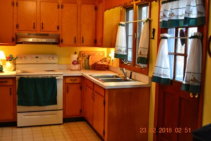Eastham Cape Cod vacation rental - Well equipped sunny kitchen
