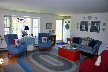 Chatham-Lovers Lake Area Cape Cod vacation rental - Spacious Living Area