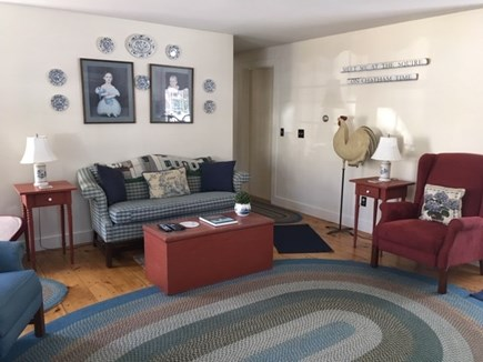 Chatham-Lovers Lake Area Cape Cod vacation rental - Living Room
