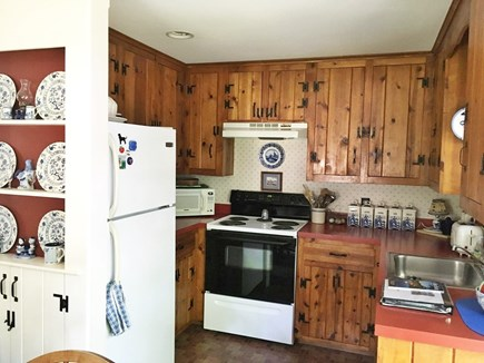 Chatham-Lovers Lake Area Cape Cod vacation rental - Kitchen