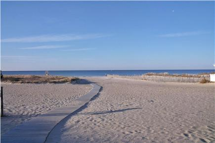 Harwich Port Cape Cod vacation rental - Walkway to beach