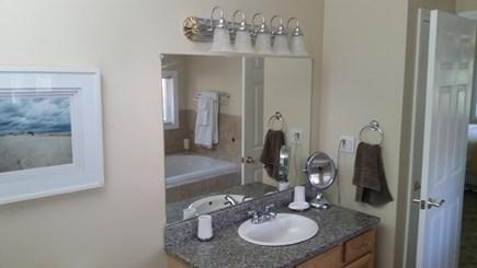 New Seabury, Mashpee New Seabury vacation rental - Master Bath
