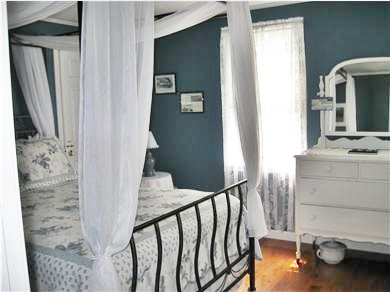 Bourne, Monument Beach Cape Cod vacation rental - The ''Grace Jay'' room ~ Antique furnishings