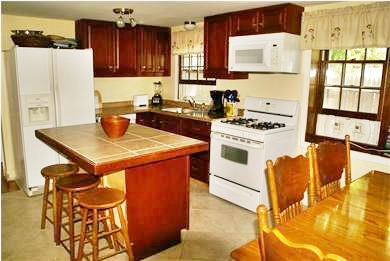 Hyannis Cape Cod vacation rental - Eat in Kitchen