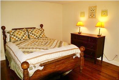 Hyannis Cape Cod vacation rental - Queen Bedroom - upstairs