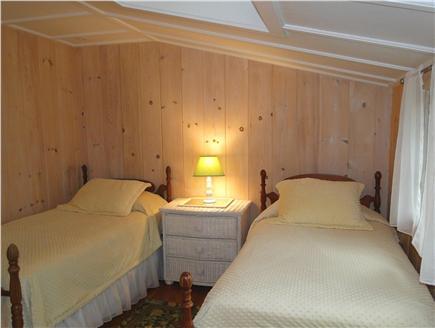 Hyannisport Cape Cod vacation rental - Main floor twin bedroom