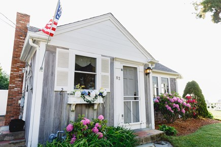 Popponesset Beach Cape Cod vacation rental - Driveway side