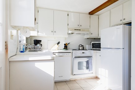 Popponesset Beach Cape Cod vacation rental - Kitchen