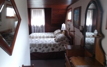 Cotuit Cape Cod vacation rental - Upstairs, twin beds