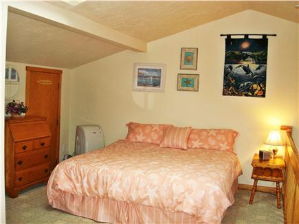 Chatham Cape Cod vacation rental - Spacious Loft Bdrm. w/King-Size Bed, Twin Sofabed, Bath & AC Unit