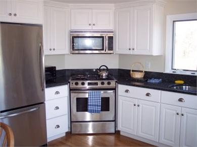 Chatham Cape Cod vacation rental - Kitchen features modern appliances