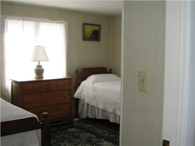 Chatham Cape Cod vacation rental - Twin beds on the first floor