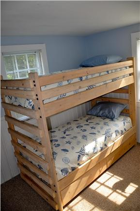 Chatham Cape Cod vacation rental - Bunk bedroom has a private 1/2 bath.