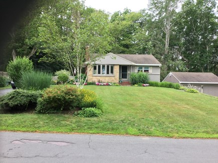 Sandwich Cape Cod vacation rental - Charming and comfortable ranch. GREAT LOCATION !