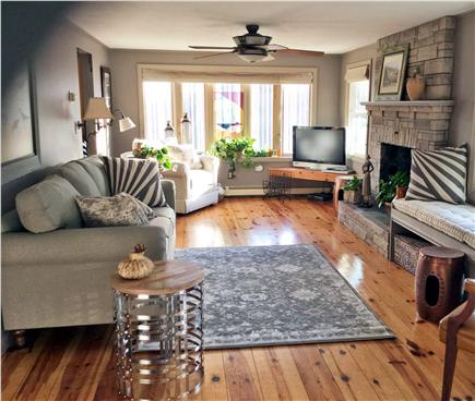 Sandwich Cape Cod vacation rental - Newly decorated,fan,tv,dvd,window AC