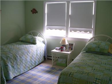 Cotuit Cotuit vacation rental - Twin Bedroom