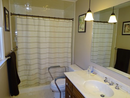 Brewster Cape Cod vacation rental - Master bath - handicap accessible