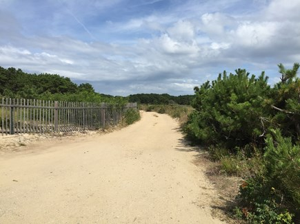 Wellfleet Cape Cod vacation rental - Beach has no public parking --- it's on a sandy.private road.