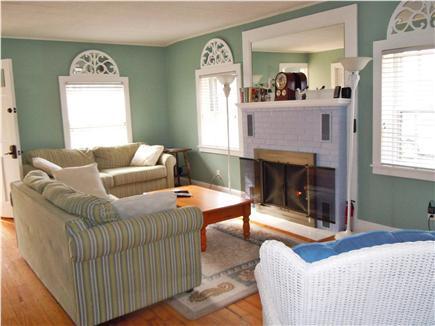 Yarmouth, Bass river Cape Cod vacation rental - Living room w/gas fireplace & flatscreen TV