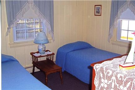 South Yarmouth Cape Cod vacation rental - Twin bedroom