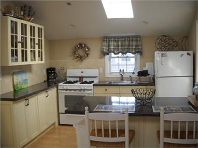 Onset, Buzzards Bay MA vacation rental - Updated kitchen with breakfast bar