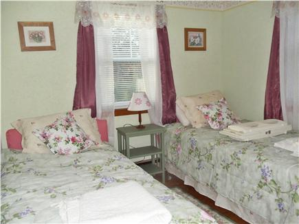 Dennis Port Cape Cod vacation rental - Second bedroom