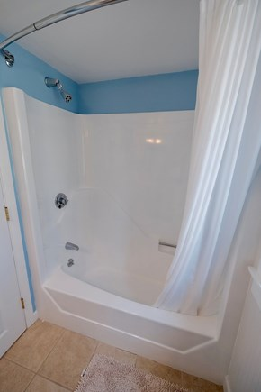 East Orleans Cape Cod vacation rental - 2nd Floor bath