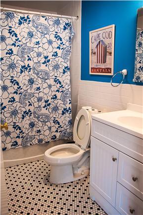 Wellfleet Cape Cod vacation rental - Bathroom with full bathtub and shower