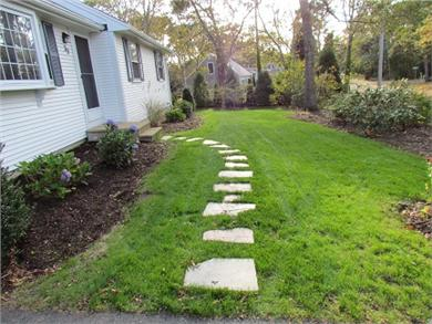 Harwich Cape Cod vacation rental - Front yard