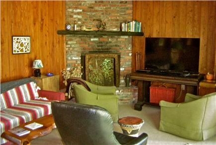 Wellfleet Cape Cod vacation rental - Sitting room