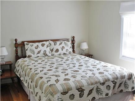 Harwich Port Cape Cod vacation rental - Queen Size master bedroom