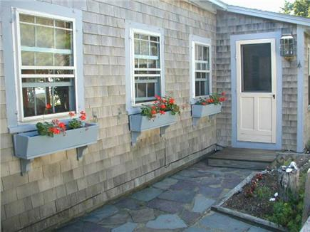 Wellfleet Cape Cod vacation rental - Driveway Entrance to the House