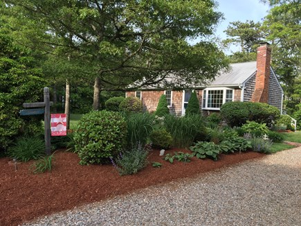 Brewster Cape Cod vacation rental - View of house from the driveway