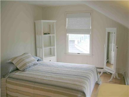 Chatham Cape Cod vacation rental - Upstairs bedroom with queen size bed