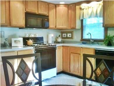Mashpee Cape Cod vacation rental - Eat-in Kitchen with seating for 4